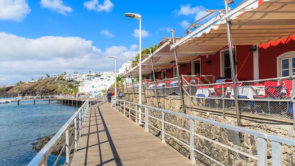 Restaurants by the Promenade in Puerto del Carmen