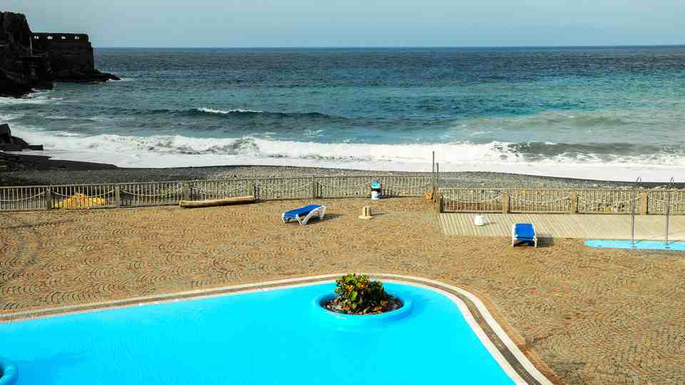 The Beachfront Pool Complex of Playa de Vallehermoso