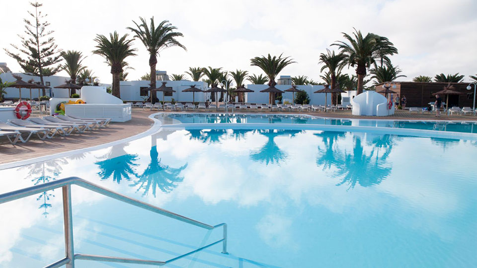HL Rio Playa Blanca Swimming Pool